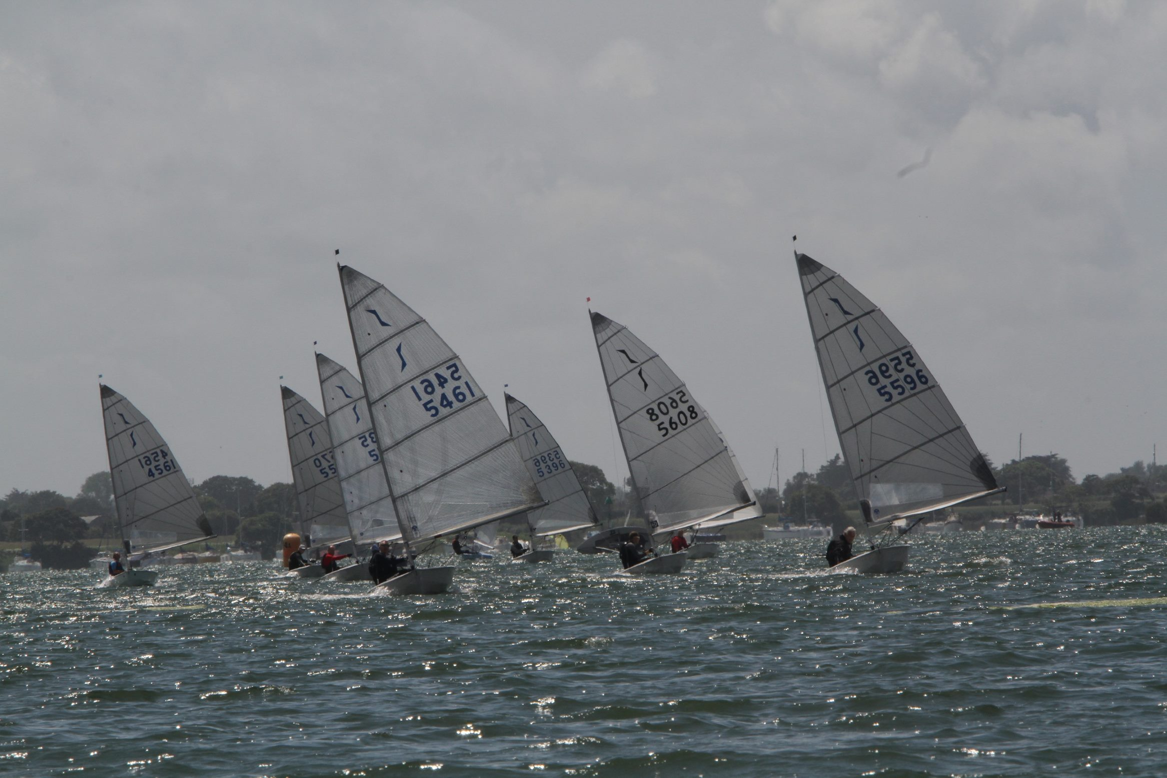 DQ5 - Solo Open Fleet Running Down Wind