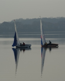 becalmed at Dell Quay